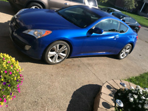 2010 Hyundai genesis coupe !!! LOW kms !!!