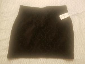 Joe fresh black skirt size 12