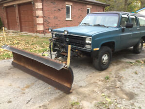 1988 3/4  Suburban ,Used Snow  Plow Truck .
