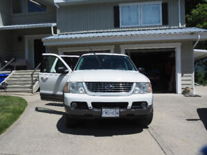 Ford explorer 2004 sell or trade