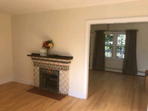 House for rent 112 Victoria rd . Crighton park area