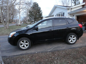 2008 Nissan Rogue - heated seats - winter tires