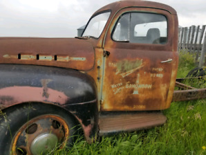 1948-1952 Ford F6 dually  **restoration project ..rat rod maybe