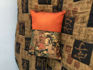 Gorgeous Oriental Themed King size Comforter and Accessories