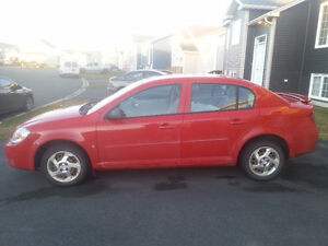 2006 Pontiac Pursuit Sedan -- Low KMs!!