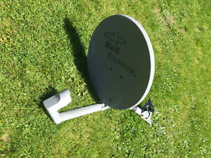 Bell Satellite Dish Single LNB,Great Spare,Cottage,Trailers