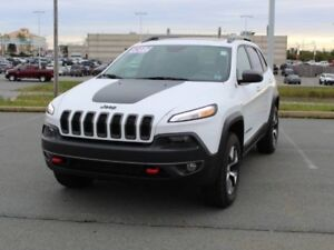 2017 JEEP CHEROKEE Trailhawk Loaded!!!