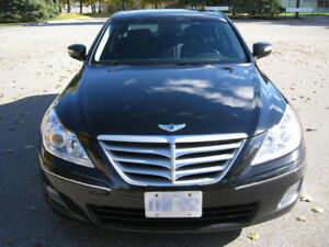 2011 Hyundai Genesis 3.8 Premium, Navigation, Leather, Sunroof