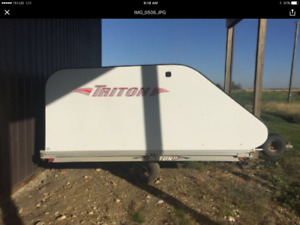 ***Enclosed 2 place Triton Sled/ATV Trailer***