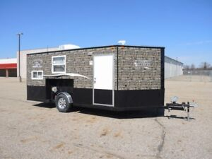 2018 Ice Castle Fish Houses 8'x16' Trophy Hunter