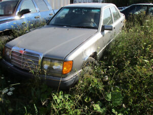 Two 1991 Mercedes: 300e and 300e 4matic for parts
