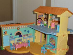 Dora The Explorer Musical House & Accessories
