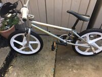Custom classic piranha bmx bike very rare