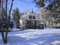 Maison\chalet à louer - quai sur le lac (dispo sem / mois)