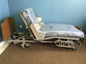 Hill-Rom Resident Hospital Bed & New Mattress Edmonton Edmonton Area image 4