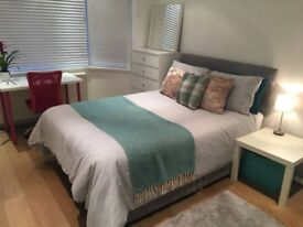 Large Double Bedroom Available in Acton Zone 2
