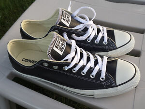 CONVERSE Chuck Taylor ALL STAR LEATHER  BRAND NEW