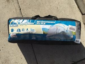 Barely used Screen tent