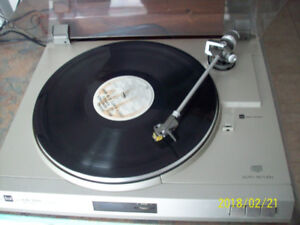 Dual CS-515 turntable, made in Germany