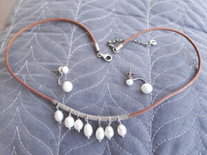 Silpada necklace earring set