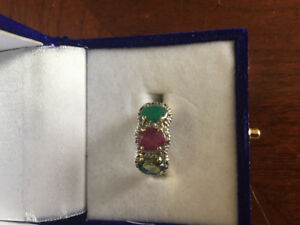 12k solid gold vintage ,diamond .ruby ,emerald green Saphire rin