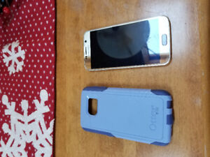 Samsung  S-6 Gold Cell Phone & Otterbox case