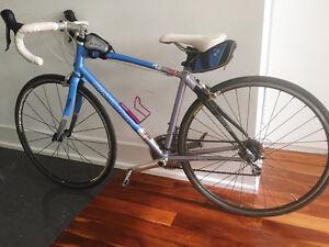 Specialized women's 49cm road bike