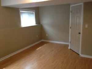 Great 4 Bedroom Student House/2 Large(17x11)Bedrooms Available