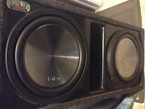 Dual competition 12 inch clarion subs + 600w rms amp