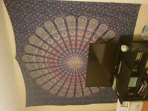 Selling decorative tapestry