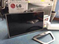 """LG 42"""" SMART 3D LED TV - collection Derby"""