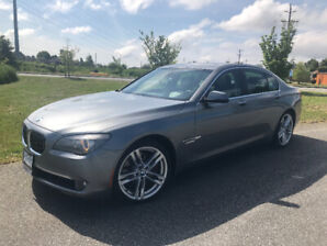 2011 BMW 750i xDrive - LOW KMs - No accidents!