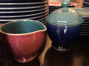 Denby Harlequin set of fifty pieces - Used but in amazing shape! Kitchener / Waterloo Kitchener Area image 6