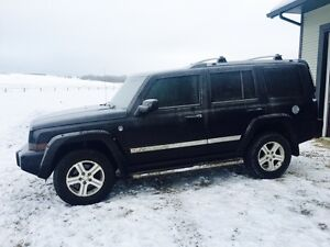 2009 Jeep Commander Limited SUV, Crossover  13,000 obo