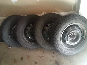 Toyota Carolla winter tires with the rim (4)