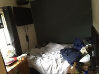 3 bedroom house looking for a 4 bed house