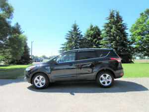 2014 Ford Escape SE- ONE OWNER & ALL NEW BRAKES!!  $12 950