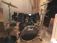 Full Pearl Export drum kit including ZHT cymbals!
