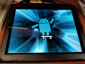 """HP 10"""" Tablet with Android CyanogenMod 9"""