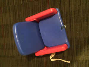 Booster feeding chairs for Toddlers Edmonton Edmonton Area image 2