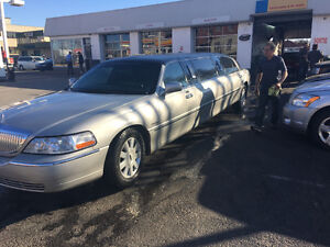 2004 Lincoln Town Car Limousine for reduced sale 10k or trade