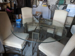 Table glasstop with 4 chairs  REDUCED