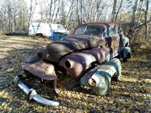 Price reduction. 1947 Oldsmobile. Restore or Rat Rod project