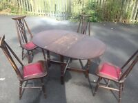 Table and 4 chairs vintage