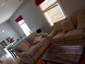 Lacombe room for rent