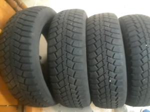 4 Nexen SNOW WINTER TIRES / 4 PNEUS D'HIVER