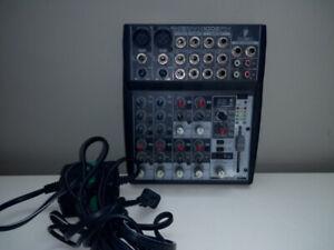 console FX - 2 entrée XLR et 2 a jack