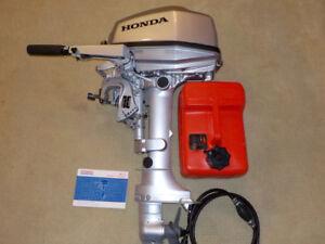 2016 Honda 5HP Boat Motor