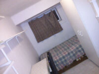 Furnished Room for rent At Finch & Leslie from 700$ /month for s