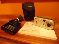 Caméra Sony Cibershot DSC P72